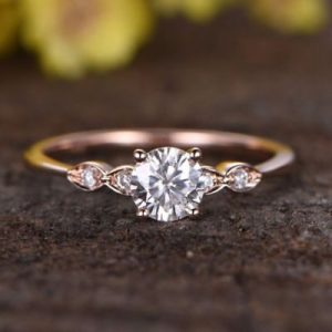 Beautiful 1.5 Ct Rose Gold Moissanite Ring