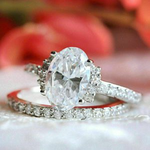 3 ct Oval Shape Moissanite Bridal Ring Set