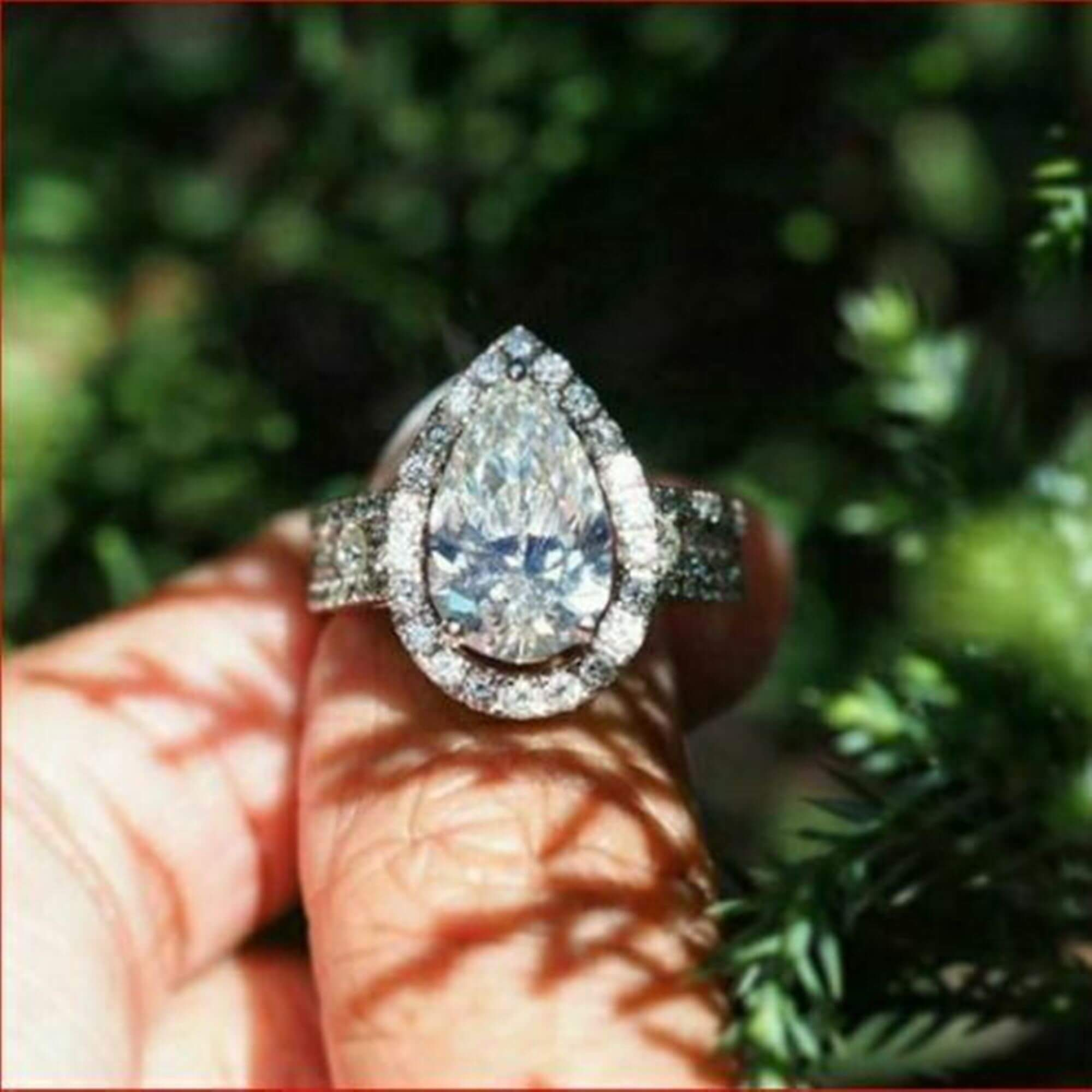 Pear Shaped Moissanite Engagement Rings