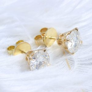 2 carat Moissanite Stud Earrings