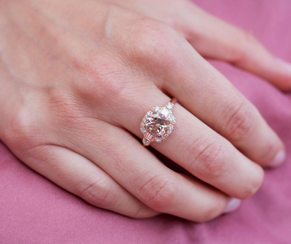 Right hand ring